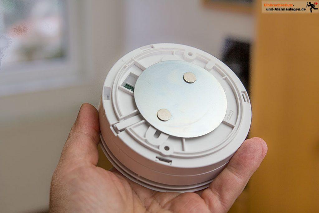 rauchmelder-ei-electronics-ei-650-10-Jahres-rauchwarnmelder-magnetbefestigung-2
