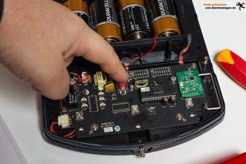 Lupusec-xt2-alarmanlage-test-externe-sirene-anlernknopf