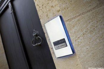tuersprechanlagen-einbruchschutz-haus-doorline