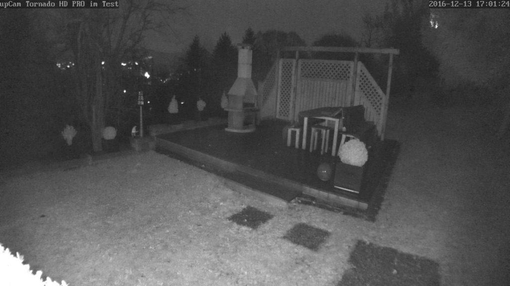 upcam-test-screen-edge-schnappschuss-vergleich-outdoor6-dunkel