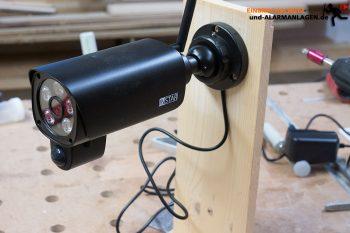 Instar-IN-9008-FULL-HD-Test-Teststaender