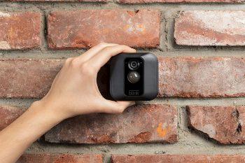 Blink-XT-Outdoor-Cam-Ueberwachungskamera-aussenbereich2