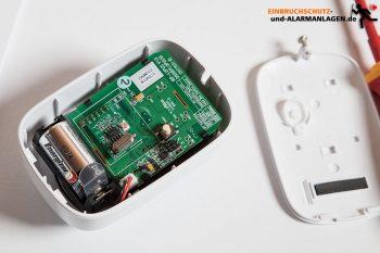 Lupus-Lupusec-XT1-Plus-Alarmanlage-Test-PIR-Sensor-Elektronik