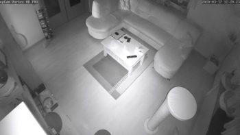 snap-upcam-Vortex-HD-Test-Ueberwachungskamera-6-innenraum-dunkel