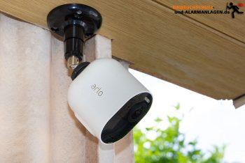 Arlo-Ultra-Test-Ueberwachungskamera-Hauseingang